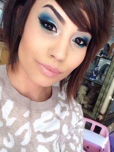 New makeup tutorial red lips urban decay ideas Electric Palette Looks, Urban Decay Electric Palette, Best Makeup Tutorials, Best Makeup Products, Face Products, Urban Decay Tutorial, Beauty Makeup, Eye Makeup, Prom Makeup