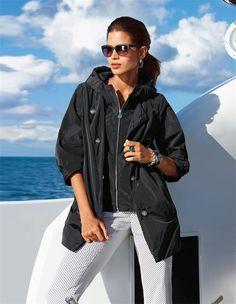 Die angesagte, leichte Jacke in O-Form: eine vielseitige Damenjacke für all Ihre Pläne.