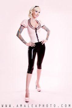Sabina Kelley | Lady Lucie Latex | pink latex