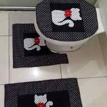 Diy Crafts And Hobbies, Diy And Crafts, Christmas Crafts To Make And Sell, Sewing Crafts, Sewing Projects, Bathroom Crafts, Bathroom Mat, Diy Flowers, Simple Christmas