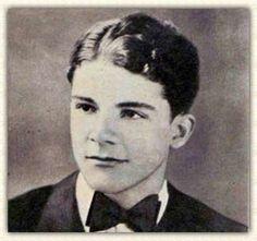 Dana Andrews / Born: Carver Dana Andrews, January 1, 1909 in Covington County, Mississippi, USA / Died: December 17, 1992 (age 83) in Los Alamitos, California, USA