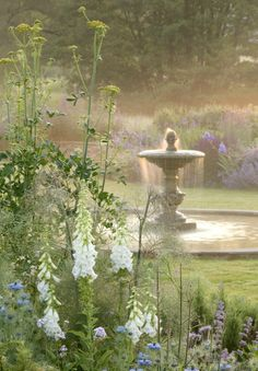 Fountain - Narborough Hall Gardens, Norfolk UK. I want to have a beautiful yard someday