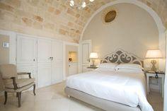 Hotel Don Ferrante - Bari, Italia - dintelo. Bari, Superior Room, Dream Furniture, Interior Decorating, Interior Design, Interior Exterior, Dream Bedroom, Sweet Home, Puglia Italy