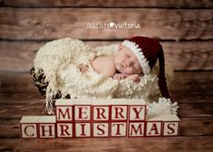 newborn photography Christmas baby girl Friendswood, TX Alvin, TX Sarah Victoria…