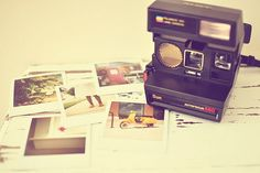 I am OBSESSED with polaroids. I just got one that I named Carl. I still need film though):
