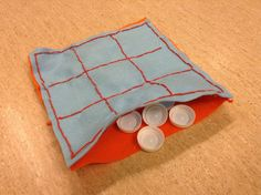 Diy Crafts For School, Diy And Crafts, Crafts For Kids, Arts And Crafts, Tic Tac Toe, Sewing Class, Mother And Father, Textiles, Felt Crafts