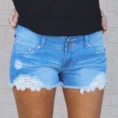 """It's all in the details with these too perfect shorts! """"Very Lacey"""" shorts! #shop #blackberryboutique #lace #ootd #cute #lacey #loveit #musthave #details #denim #design #perfect #shoponline #shopsmall #summer #spring #march"""