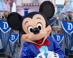 What's New at Disneyland: 60th Anniversary Diamond Celebration!: Disneyland Kicks off Its 60th Birthday Diamond Celebration with 24 Hour Event