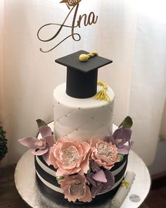 Yoghurt cake with Companion - HQ Recipes Graduation Cake Designs, College Graduation Cakes, Graduation Celebration, Graduation Decorations, Graduation Party Decor, Grad Parties, Graduation Wallpaper, Cake Lettering, Dessert Decoration