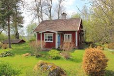 . Small Buildings, Small Houses, Little Houses, Old Houses, This Old House, Fairytale House, Red Cottage, Swedish House, Scandinavian Home