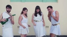 Φοιτητές τραγουδούν ABBA στα αρχαία ελληνικά Σε μία διαφορετική διασκευή του «Mamma Mia» των ABBA προχώρησαν οι φοιτητές του πανεπιστημίου του Όκλαν στη Νέα Ζηλανδία. Μέλη του Συλλόγου Κλασικών Σπο…