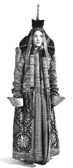 Mongolia | Khalka woman's wedding dress | ©Dorine and Daniel Ponsard