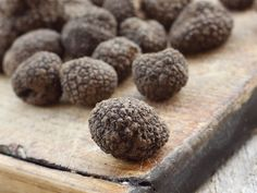 WHERE CAN YOU FIND THEM?  The answer it's really simple – underground. Truffles grow underground, about 2,5 – 10 centimeters (1 – 4 inches) below, on the roots of certain varieties of oak and hazelnut trees.  This truffle has an intense, hazelnut-like aroma and is highly prized for their gastronomic qualities. Truffle sometimes reaches big dimensions and looks similar to the black winter truffle.  Gold Istra – From nature to your table  #Tartufi #BlackTruffle #Istra #Truffles #Truffle…