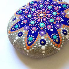 Mandala  #mandala #mandalas #mandalaart #meditation #paintedrock #paintedstone #rockart #arte #piedra #art