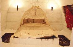 Bedroom in the Snow Hotel in LumiLinna