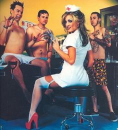 Old school Blink 182 Music Love, Music Is Life, My Music, Music Stuff, Pop Punk, Punk Rock, Blink 182 Albums, Blink 182 Nurse, Enema Of The State
