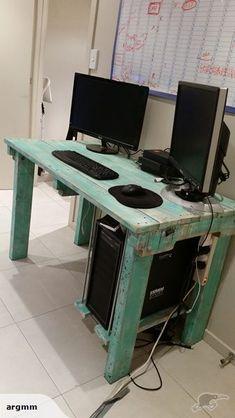 Computer Desk - Pallet furniture | Trade Me