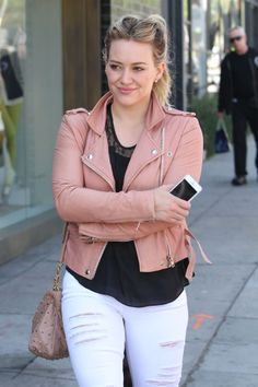 Hilary Duff out to Starbucks in West Hollywood 02/24/2014