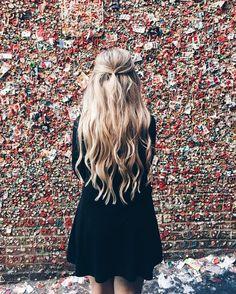 long blonde hair // half up hairstyles // hairstyles for long hair