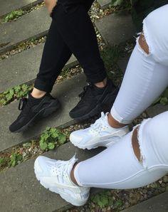 Squad Shit Squad Goals Matching Footwear Trainers Nike Air Huaraches Triple White Triple Black Dope Urban Streetwear Swag