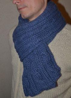 Comment tricoter une jolie écharpe d hiver pour homme   - Des Tricots Tres  Mimie 8269d5ee030