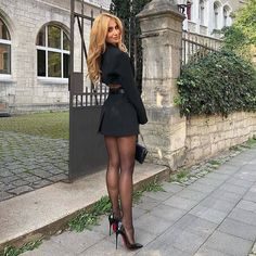 Classy Outfits, Sexy Outfits, Sexy Dresses, Fashion Outfits, Women With Beautiful Legs, Lovely Legs, Pantyhose Outfits, Pantyhose Heels, Pantyhosed Legs
