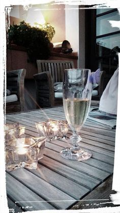 Champagne y mariposas..