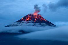 Tungurahua volcano near Banos de Ambato (Banos de Agua Santo). www.elnomad.com Twitter/elnomad - #onlyinECUADOR