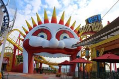 The Happy Travelling Family: Hong Kong - Disneyland or Ocean Park? And my top 5 tips for visiting both parks.