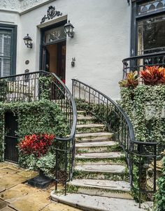 """@zioandsons """"Step into the 1830s when you spend the night at the Ballastone Inn in historic downtown Savannah. Cobblestone streets and ornate waterspouts are just a few of the many hidden gems in Savannah's historic district. """" @visitsavannah"""