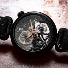 Freedom, passion, the desire to live and much more is what the Kerbedanz Black 3 Horses symbolizes. I went crazy over the bas-relief black gold dial with the 3 horses covered by a sapphire plate and my love for nicely designed tourbillons. 👇Share with a friend 👇 ♢ ⌚Timepiece: @kerbedanz 📷Photo: @swisswatchgang #swisswatchgang