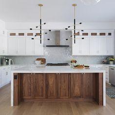 Innovative Ways Modern Walnut Kitchen Cabinets Design Ideas 101 - houseinspira Walnut Kitchen Cabinets, Wood Kitchen Island, Kitchen Island With Seating, Kitchen Cabinet Design, Interior Design Kitchen, Kitchen Decor, Kitchen Ideas, Teal Cabinets, Wooden Island