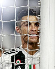 Image may contain: 1 person Juventus Stadium, Juventus Fc, Ronaldo Football, Football Players, Real Mardid, Soccer Post, Cristiano Ronaldo Juventus, Cr7 Ronaldo, Soccer Stars