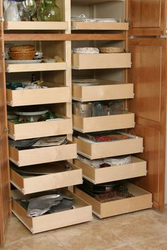 kitchen cabinet organization ideas - this is what we have now in our kitchen and I LOVE it!!