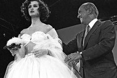 """""""Walk like you have three men walking behind you."""" - Oscar de la Renta Best Quotes- Remembering Oscar de la Renta - Elle"""