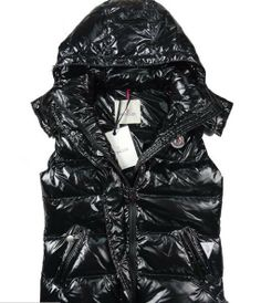 44cda3eb4fef Moncler Womens On Sale 2018 - Cheap Moncler Jackets On Sale Here, Moncler  Coats UK Outlet, Factory Direct, You Will Find That Moncler Jackets Are  Sold At ...