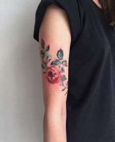 8530e896b Flower tattoo on the right arm by Amanda Wachob Get A Tattoo, Tatoo, Flower