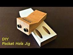 The easiest way to make a pocket hole jig. Woodworking Jigsaw, Woodworking Garage, Woodworking Crafts, Youtube Woodworking, Pocket Jig, Pocket Screws, Kreg Jig Projects, Wood Jig, Dowel Jig