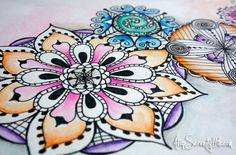 mandalas to be amazingly beautiful and drawing them has become a meditative practice for me. If you would like to try drawing a mandala for yourself, start Doodles Zentangles, Zentangle Patterns, Doodle Drawings, Doodle Art, Pencil Drawings, Watercolor Pencil Art, Tatoo Art, Tattoo, Spirograph
