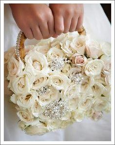 Ramos de novia originales: LlamativoFuente: Pinterest