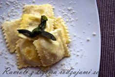 Ravioli z trzema rodzajami sera