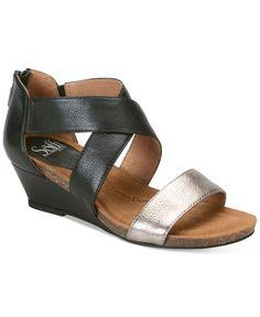 fb2f148af001 Sofft Vallar Wedge Sandals Flip Flop Sandals