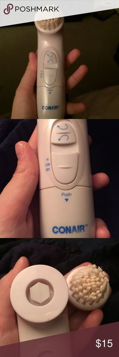 Conair Electric Face Scrubber This battery powered face cleaner has only been used a few times. A brush is missing from it but more ends may be available online. This has been sitting in the cabinet and needs to be used. It has options of speed and direction. Perfect for anyone looking for good exfoliation and looking for a cheaper scrubber! Conair Other