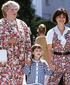 , Mrs Doubtfire Movie, Ms Doubtfire, Mara Wilson, Robert Williams, Smells Like Teen Spirit, Movies Worth Watching, Great Movies, Iconic Movies, Love Movie