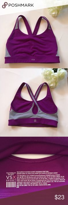 Victoria Secret Sports Bra VSX Victoria Secret VSX Sport Bra Size Medium Excellent Condition   Thank You for looking and please check out my closet   Offers Welcome Victoria's Secret Intimates & Sleepwear Bras