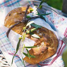 Oliven-Kräuter-Brotfladen