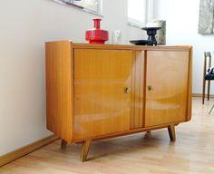 Wunderschönes Sideboard 1950s, 50er Schrank von WildAndVintage auf DaWanda.com