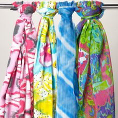 i love scarves.♥ tension rod!