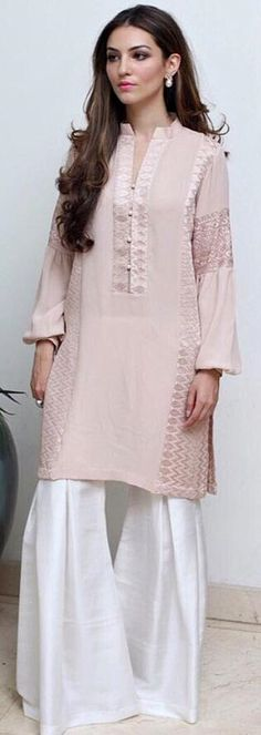 Rema & Shehrbano Studio Pakistan This is sooo pretty Pakistani Couture, Pakistani Outfits, Indian Outfits, Indian Attire, Indian Wear, Pakistan Fashion, Desi Clothes, Kaftan, Islamic Clothing