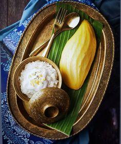 Thai Dessert, Dessert Drinks, Best Coconut Milk, Veggie Rolls, Thai Mango, Mango Sticky Rice, Culinary Arts, Summer Desserts, Thai Recipes